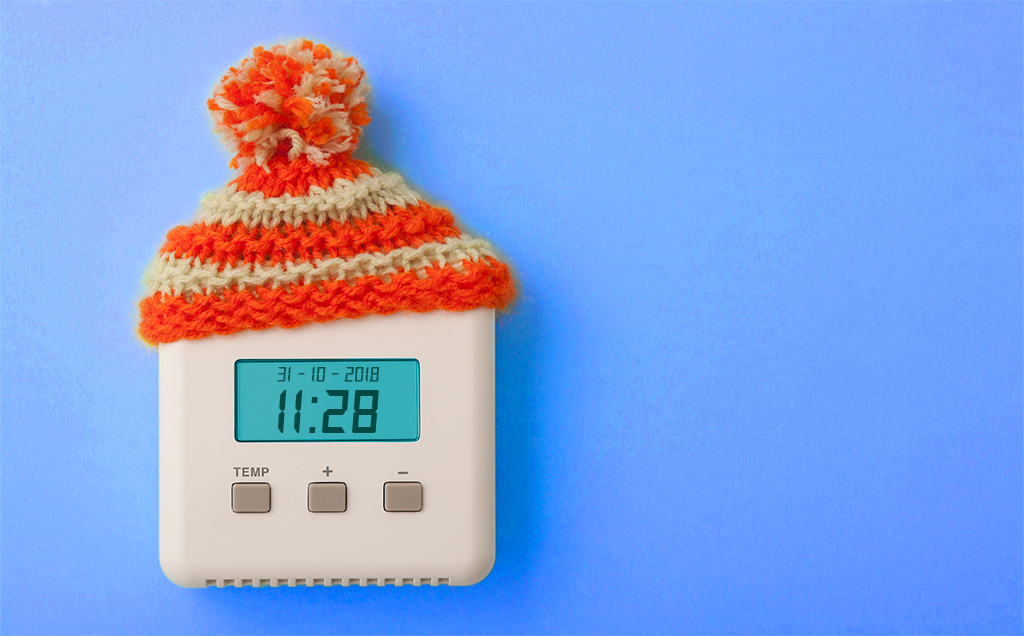 Hat_on_a_thermostat