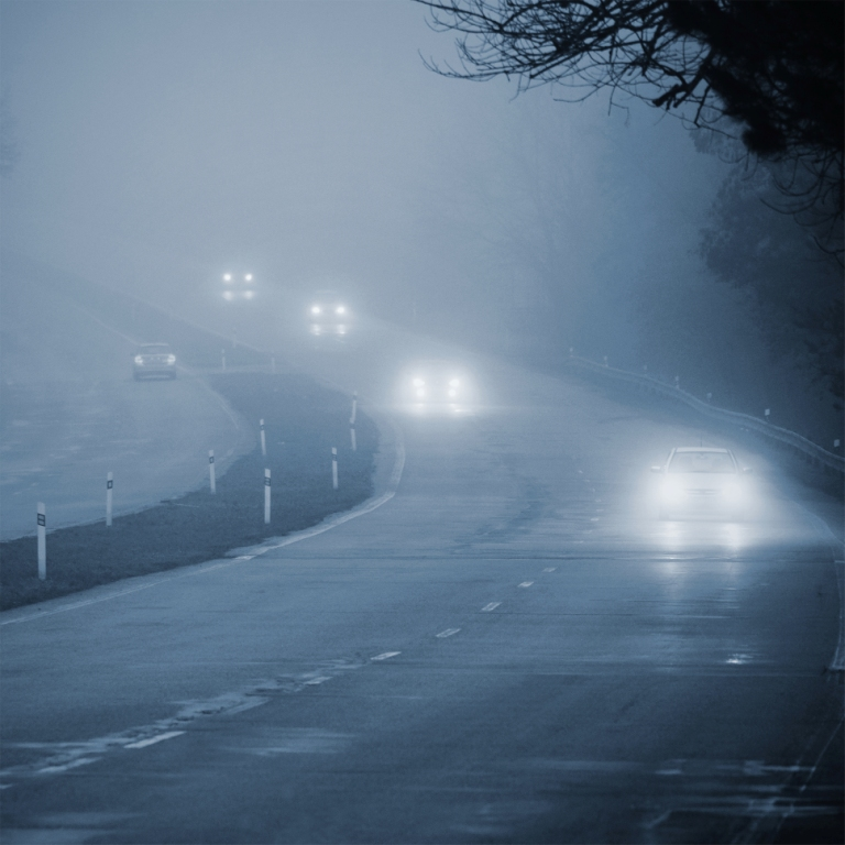 cars-in-fog